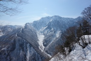 雪の谷川岳